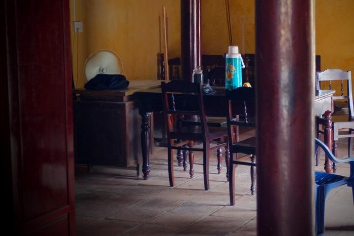 Thermos et chaises