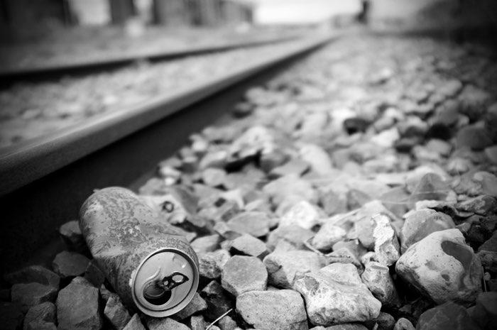 cannette rouillée sur la voie