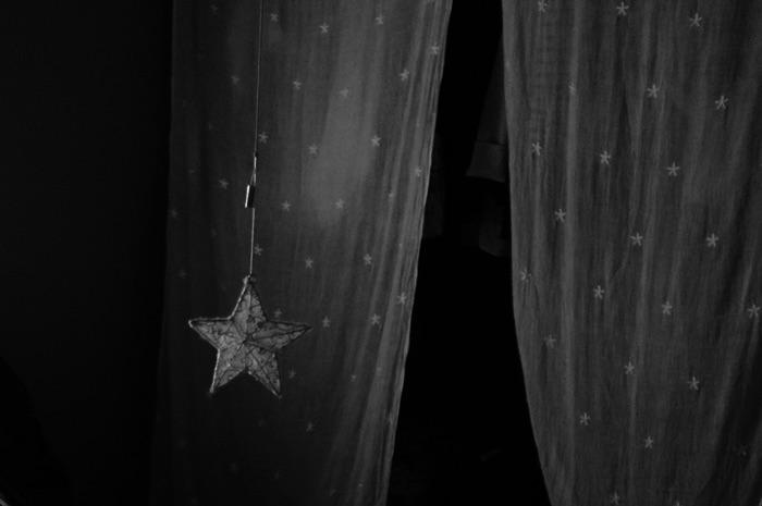 étoile et rideaux