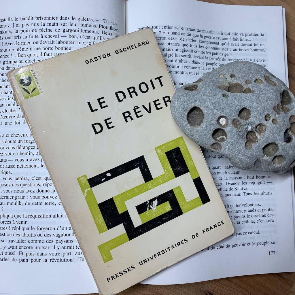 Livre sur un livre