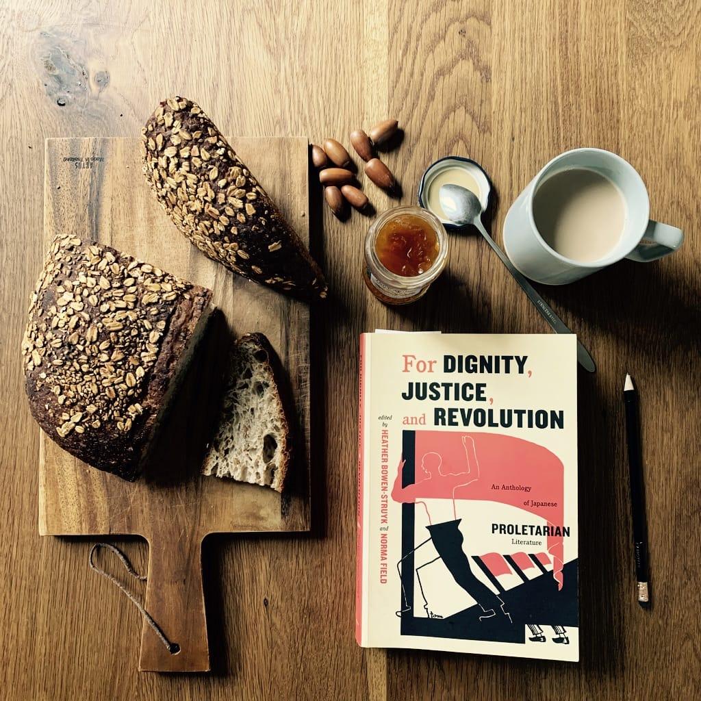 livre et pain