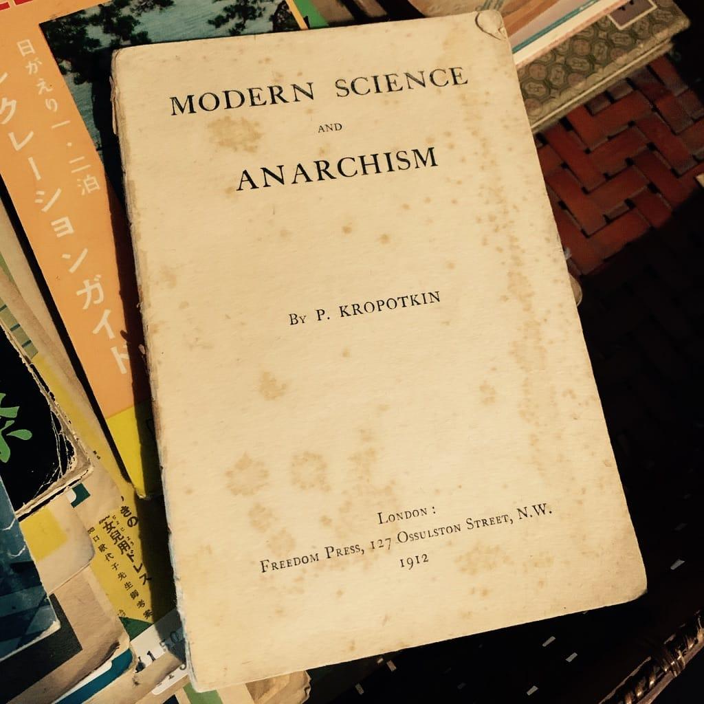 livre sur l'anarchisme