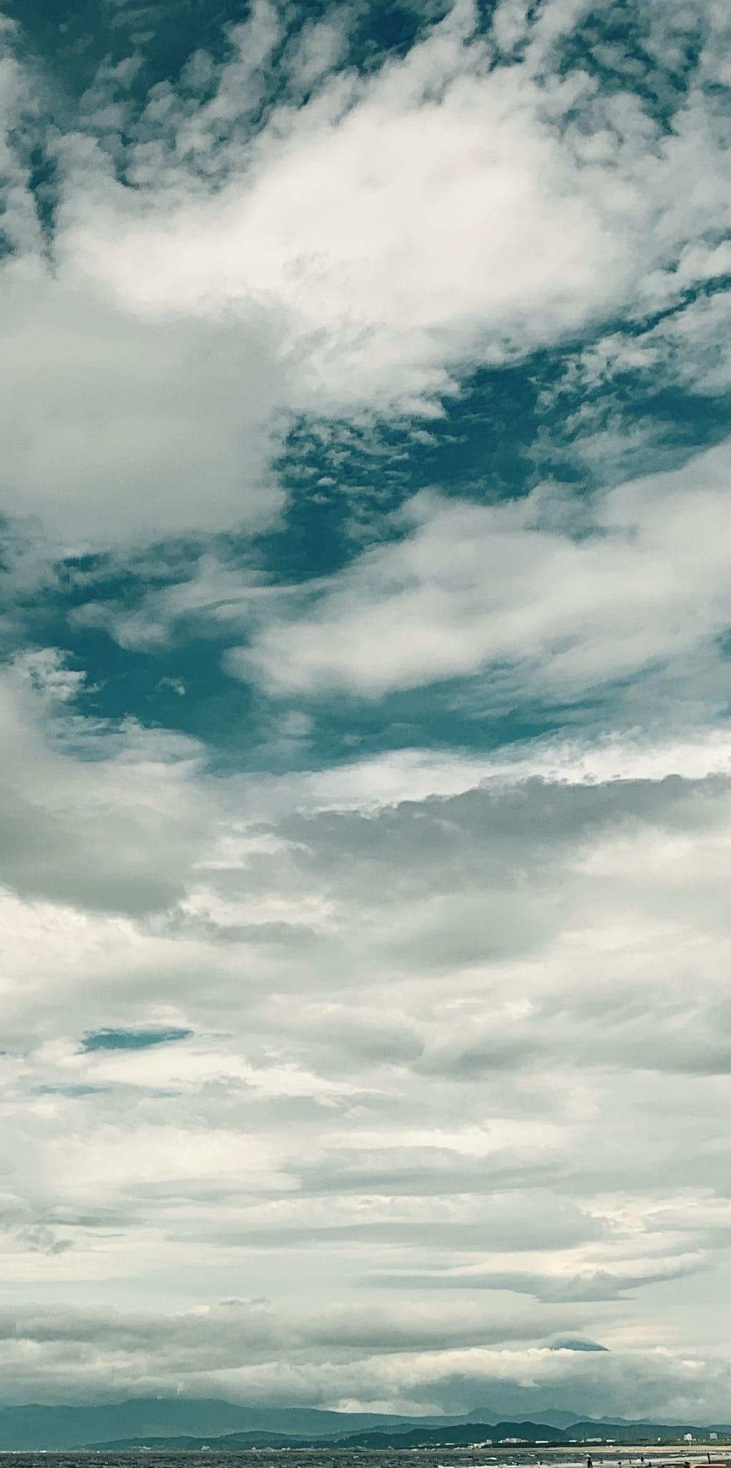 Fuji et les nuages.